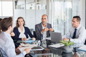 Verhandlungen führen - MyConsult | Rido Franz - iStock by Getty Images
