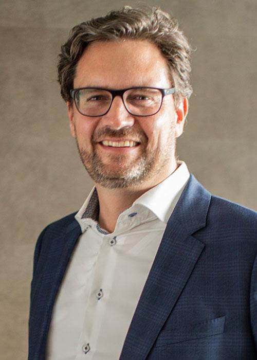 Michael Benedikt